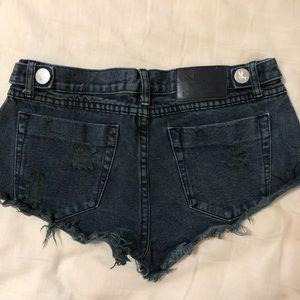 Size 27 OneTeaspoon Black Jean Shorts